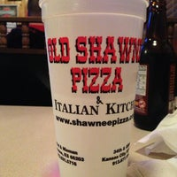 Photo taken at Old Shawnee Pizza & Italian Kitchen by Maile D. on 3/27/2013