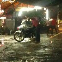 Photo taken at Car Wash Pekan Ampang by Fadil A. on 4/12/2013