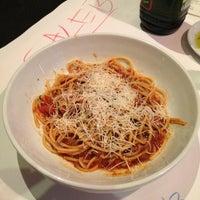 Photo taken at Romano's Macaroni Grill by Kawehi G. on 3/20/2013