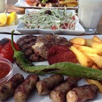 Photo taken at Özcanlar Köfte by Pyrz on 6/26/2014