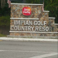 Photo taken at Impian Golf & Country Club by Ijard J. on 5/11/2013