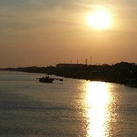 Photo taken at สโมสรท้ายเรือหลวงแม่กลอง by สมพล โ. on 3/20/2013