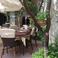 Photo taken at Konoba Mediterraneo by Ярдс💃 on 7/14/2013