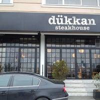 2/17/2013 tarihinde Ayhan K.ziyaretçi tarafından Dükkan Steakhouse'de çekilen fotoğraf
