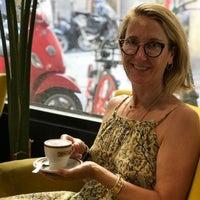 Foto scattata a Ditta Artigianale da Stefanie P. il 7/17/2018