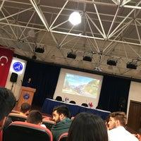 Photo taken at akdeniz üniversitesi fmyo konferans salonu by Müge Düztarla on 4/21/2017
