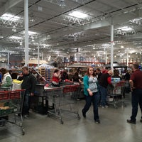 Photo taken at Costco Wholesale by Laura M. on 4/13/2014