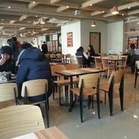 Photo taken at Burger King by Daito K. on 2/19/2013