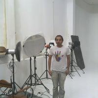 Photo taken at Cream TR Studio by Tuna Ö. on 2/20/2013