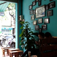 Photo taken at 2b coffee by robotchef s. on 12/1/2013