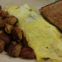 Photo taken at Sunrise Grill by Lissbia C. on 2/16/2013