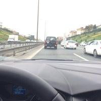 Photo taken at O1 - O2 Çamlıca Bağlantısı by Semih T. on 10/29/2016