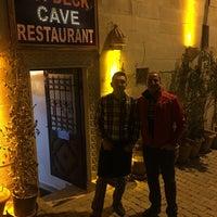 3/11/2018 tarihinde Şenay F.ziyaretçi tarafından Topdeck Cave Restaurant'de çekilen fotoğraf