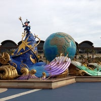 Photo taken at Tokyo DisneySea by Nao H. on 3/1/2013