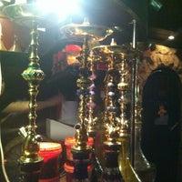 Снимок сделан в Shishas Lounge Bar пользователем Андрей М. 3/31/2013