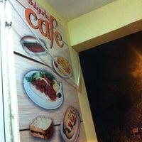 Photo taken at bulgurlu cafe by Yaşar E. on 7/19/2014