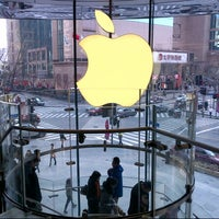 Photo taken at Apple Hong Kong Plaza by Jimmy 지미 K. on 2/14/2013