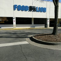 Photo taken at Food Lion Grocery Store by Matthew C. on 1/30/2017
