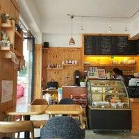 Photo taken at 커피가있는다락방 by yvette i. on 6/7/2016