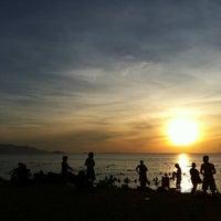 Снимок сделан в Bãi Biển Nha Trang (Nha Trang Beach) пользователем Pracha C. 5/24/2013