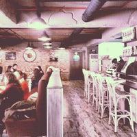 2/16/2013 tarihinde Zehra E.ziyaretçi tarafından Del Moon Coffee & Food & Hookah'de çekilen fotoğraf