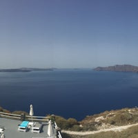 Photo taken at Oia Suites by Wiyanto on 6/19/2016