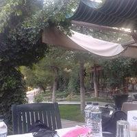 8/25/2013 tarihinde Ahmet K.ziyaretçi tarafından Çardak Restaurant'de çekilen fotoğraf
