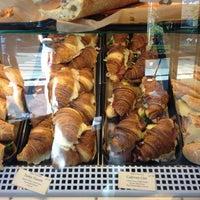 Foto scattata a Bakery Nouveau da Khoa H. il 5/5/2013