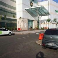 7/13/2013 tarihinde Flavio M.ziyaretçi tarafından Teresina Shopping'de çekilen fotoğraf
