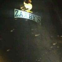 Photo taken at Zaxby's Chicken Fingers & Buffalo Wings by M. Dianne F. on 4/15/2013