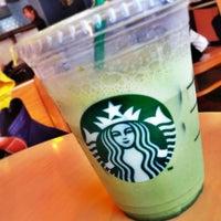 Photo taken at Starbucks by Saerin K. on 5/12/2013