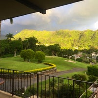Photo taken at Oahu Country Club by LorynLulu on 9/9/2016