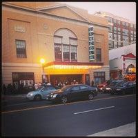 10/14/2013 tarihinde Julia S.ziyaretçi tarafından The Lincoln Theatre'de çekilen fotoğraf