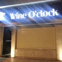 Foto tomada en Wine O'clock por Maggie W. el 11/17/2013
