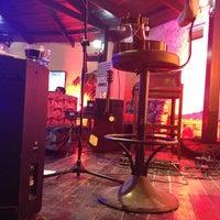 รูปภาพถ่ายที่ Cafe de mola โดย Hakan Y. เมื่อ 3/10/2013