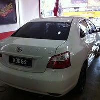 Photo taken at Pusat Cuci Kereta (Car Spa) - kmf® by Taro U. on 8/24/2013