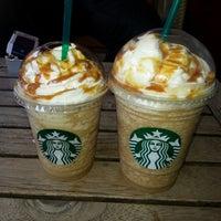 5/23/2013 tarihinde Ülküziyaretçi tarafından Starbucks'de çekilen fotoğraf