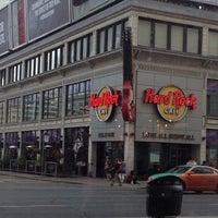 Photo taken at Hard Rock Cafe Toronto by Sue T. on 6/2/2013