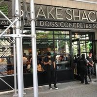 Photo taken at Shake Shack by Joshua on 8/23/2017