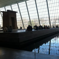 Photo prise au Temple of Dendur par Alexandra J. le3/26/2013