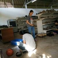 Photo taken at nanawa ceramic by Nuumeang I. on 12/23/2016