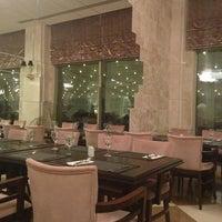 9/11/2013 tarihinde Gözde E.ziyaretçi tarafından Vogue Hotel Restaurant'de çekilen fotoğraf