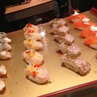5/31/2013 tarihinde Toni B.ziyaretçi tarafından Sushi of Gari'de çekilen fotoğraf