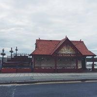 Photo taken at Lakeside Inn by Stephen R. on 6/7/2014