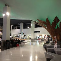 Photo taken at International Terminal by Wen-Hao L. on 3/11/2013