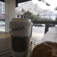 Foto tomada en Starbucks por Airton M. el 4/29/2013
