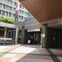 Photo taken at 新生銀行 新宿フィナンシャルセンター by K C. on 5/11/2017
