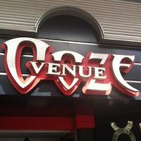3/28/2013 tarihinde Senem T.ziyaretçi tarafından Ooze Venue'de çekilen fotoğraf