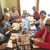 Photo taken at Bob Evans Restaurant by Winnie F. on 10/10/2016