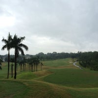 Photo taken at Sentul Highlands Golf Club by Jobi T. on 2/22/2014